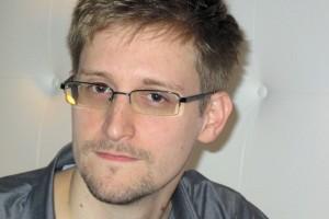 Snowden = Hero & Patriot